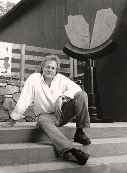 Sculptor Craig Shankles